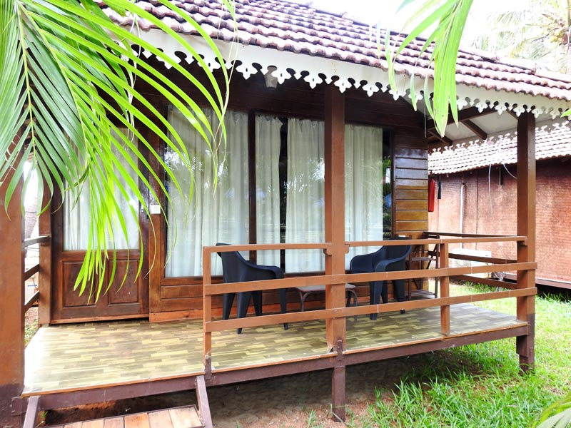 wooden Cottages in north goa